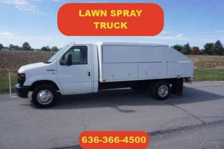 Ford e 450 2011 van box trucks for Garden maintenance van