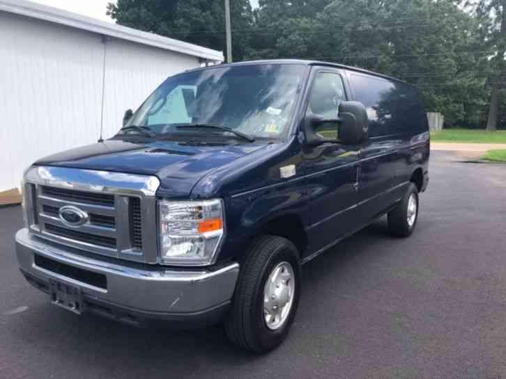 457d455b35 Ford E-Series Van (2011)   Van   Box Trucks