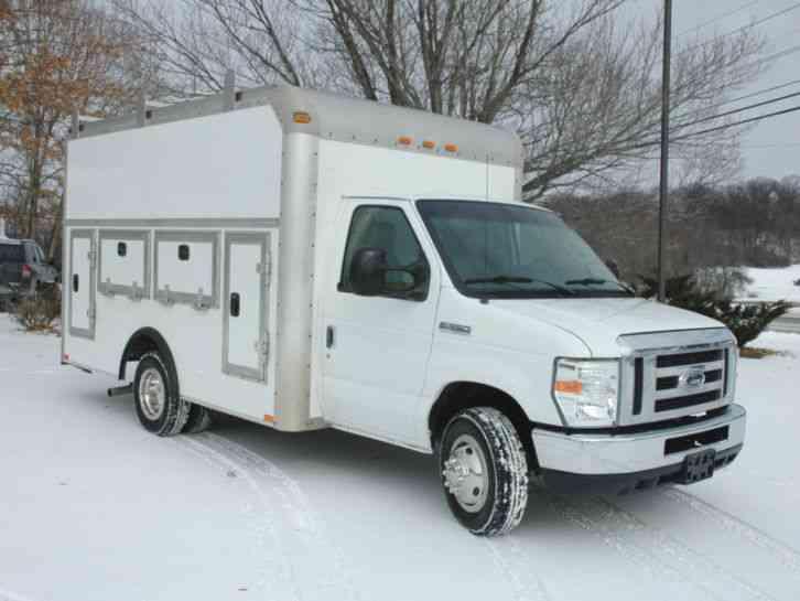 ford e350 cutaway rockport box  2011    utility    service trucks