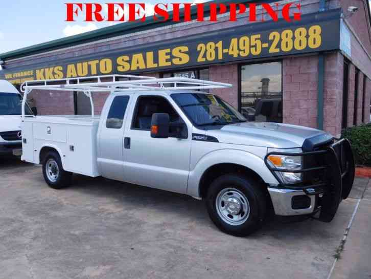 Ford F-250 Super Duty XL Utility Service Truck (2011)