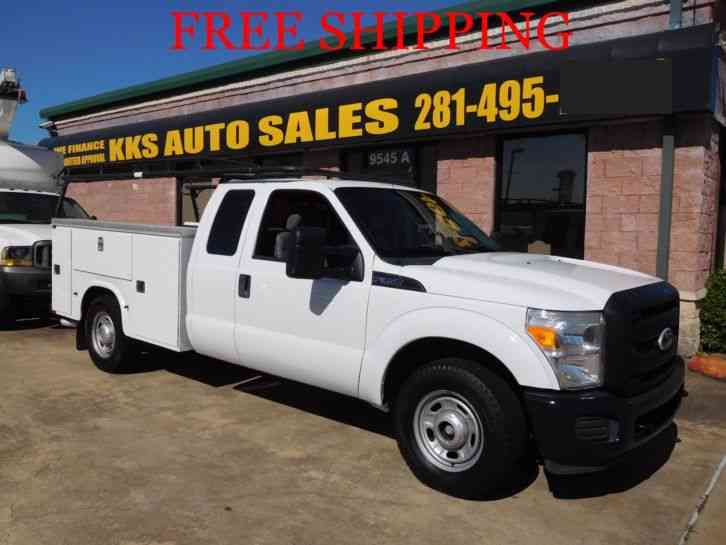 FORD F-350 XL SUPER DUTY UTILITY SERVICE TRUCK EXT CAB (2011)