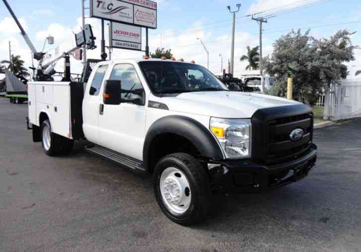 Ford F450 4X4 11FT UTILITY TRUCK BED WITH 16FT 4, 000LB CRANE (2011)