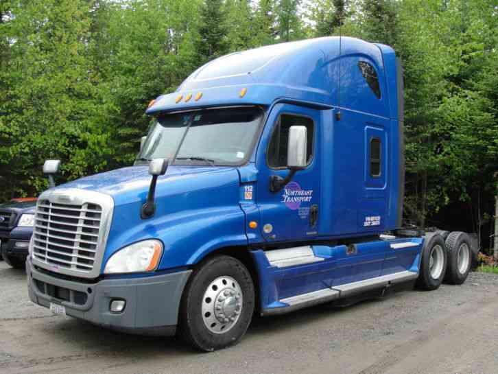 2011 Freightliner Cascadia For Sale >> Freightliner CASCADIA CA12564SLP Raised Roof Condo (2011) : Sleeper Semi Trucks