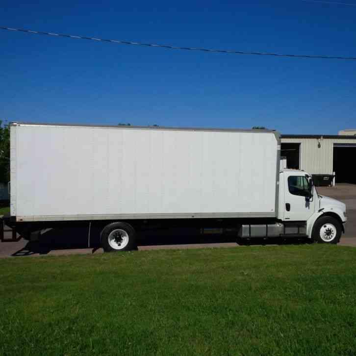 Freightliner M2 2011 Van Box Trucks