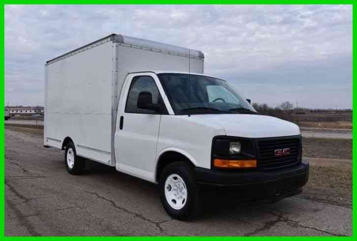 GMC Savana Cutaway 3500 12ft Box Truck. (2011)