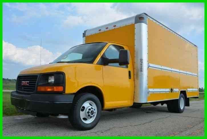 gmc savana cutaway 2011 van box trucks jingletruck com