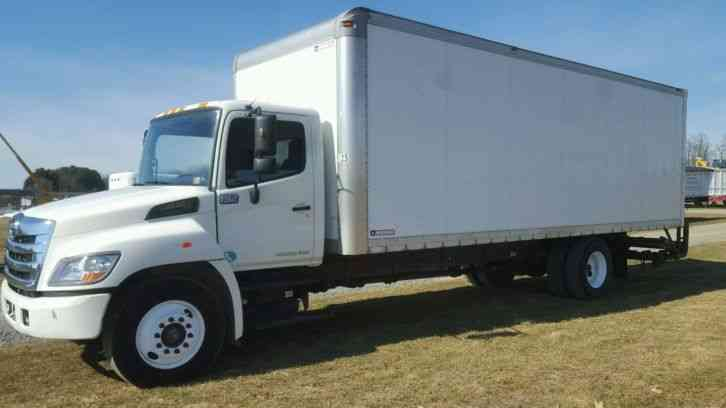Hino 268  2011    Van    Box Trucks