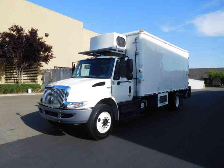 international 4300 2011 van box trucks. Black Bedroom Furniture Sets. Home Design Ideas