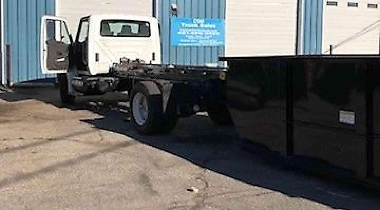 International 4300 (2011) : Medium Trucks
