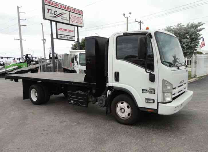 Isuzu NPR 17FT FLATBED (2011)
