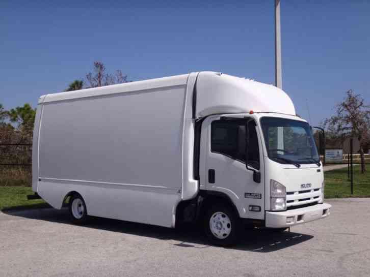 Good Isuzu NPR 16ft Box Truck (2011)