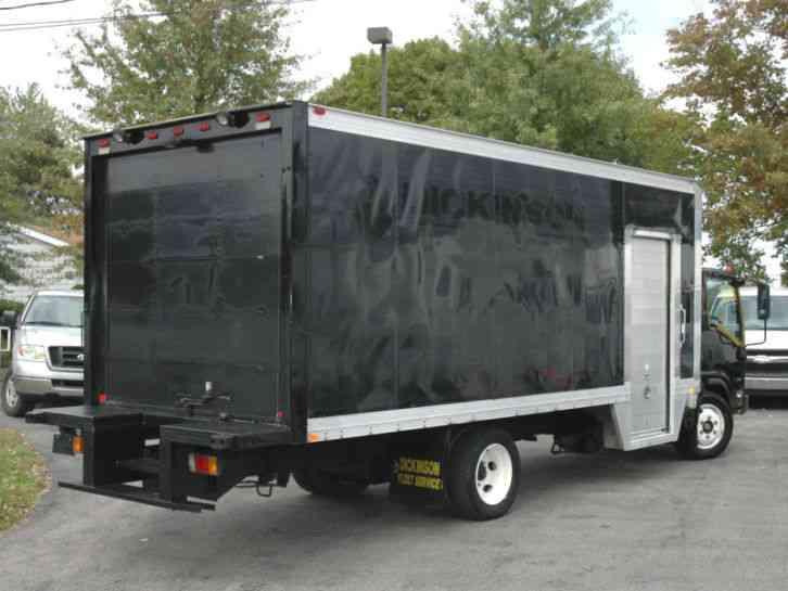 Isuzu Isuzu Nrr 20ft Box 2011 Van Box Trucks