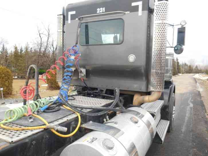 Kenworth T800 Truck Tractor Wet Kit 2011 Daycab Semi