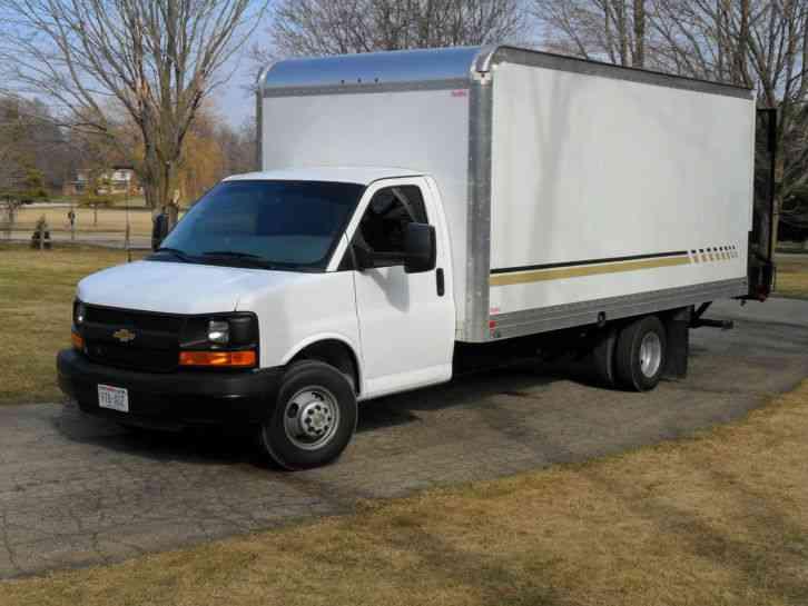 Chevrolet express 3500 2012 van box trucks for Garden maintenance van