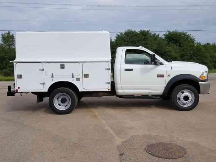 Dodge RAM 5500 HD 4X4 (2012) : Utility / Service Trucks