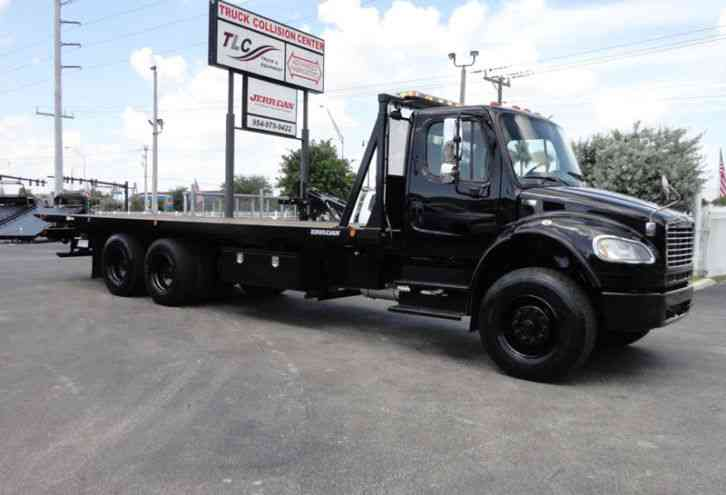 Freightliner BUSINESS CLASS M2 28FT 15 TON ROLLBACK INDUSTRIAL JERRDAN. . TANDEM A (2012)