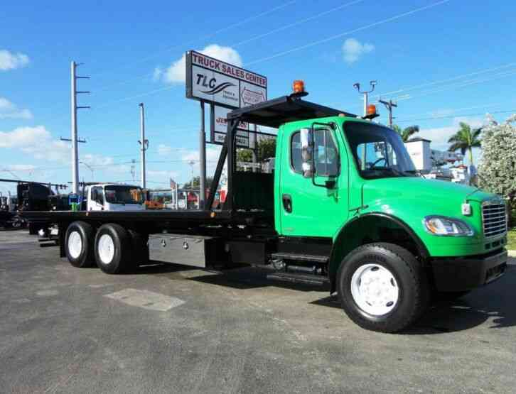 Freightliner BUSINESS CLASS M2 28FT 15 TON ROLLBACK INDUSTRIAL JERRDAN. . (2012)