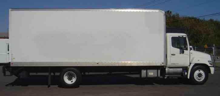 Hino 268 2012 Van Box Trucks