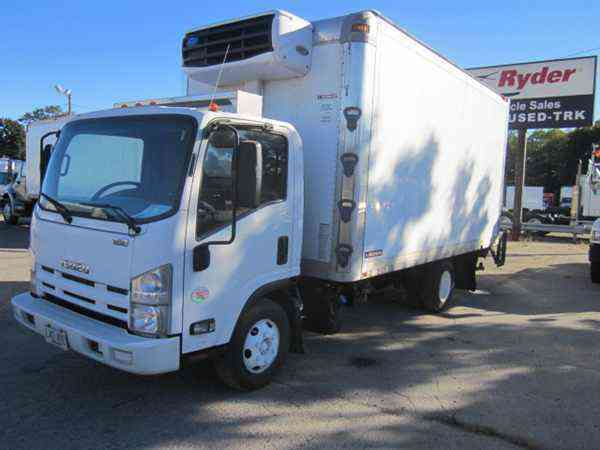 Isuzu Npr Hd 2012 Van Box Trucks