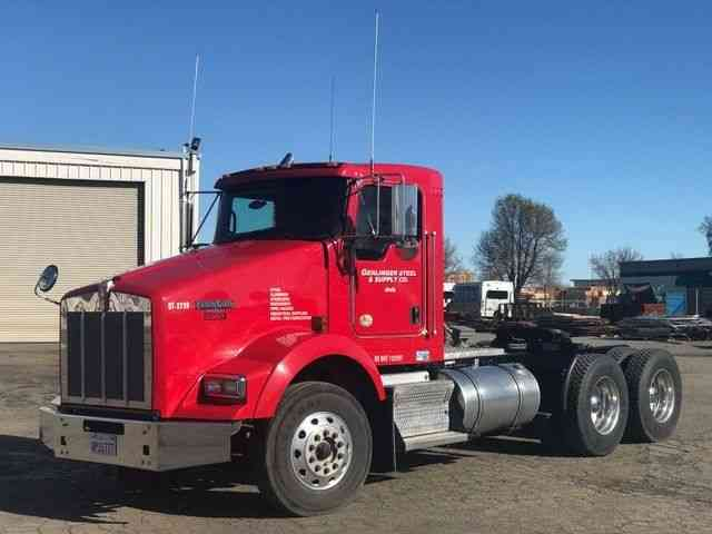 Commercial Vehicles For Sale In Northern California: Kenworth T800 (2012) : Daycab Semi Trucks