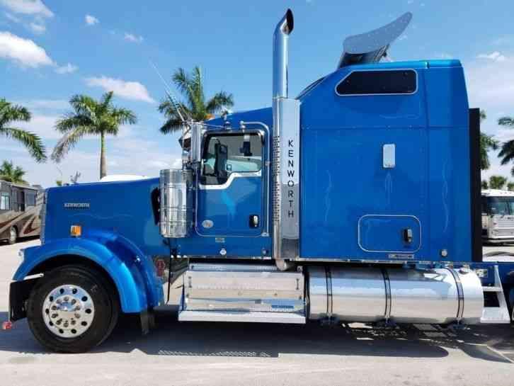 Kenworth W900l 2012 Sleeper Semi Trucks