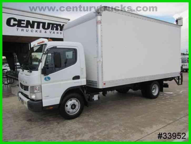 Mitsubishi Motors Fuso 2012 Van Box Trucks