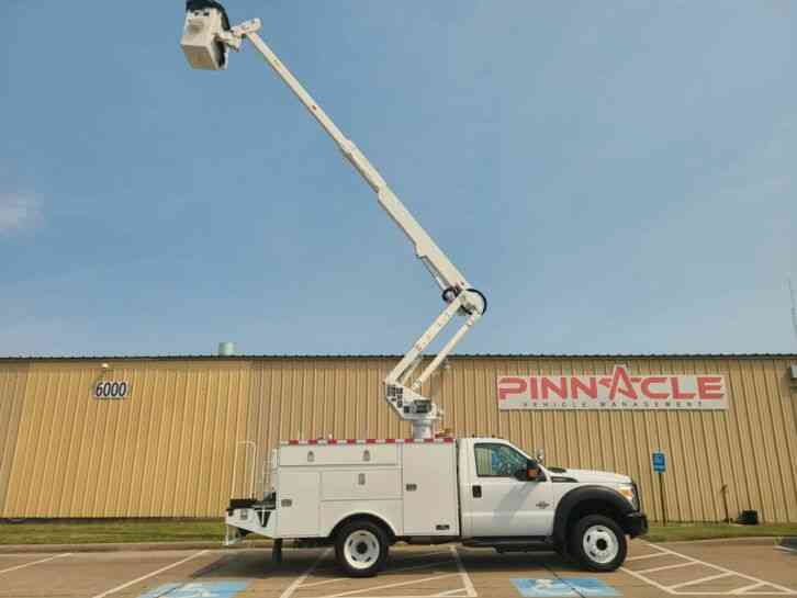Ford F-550 ALTEC AT37G 42' BUCEKT TRUCK (2012)