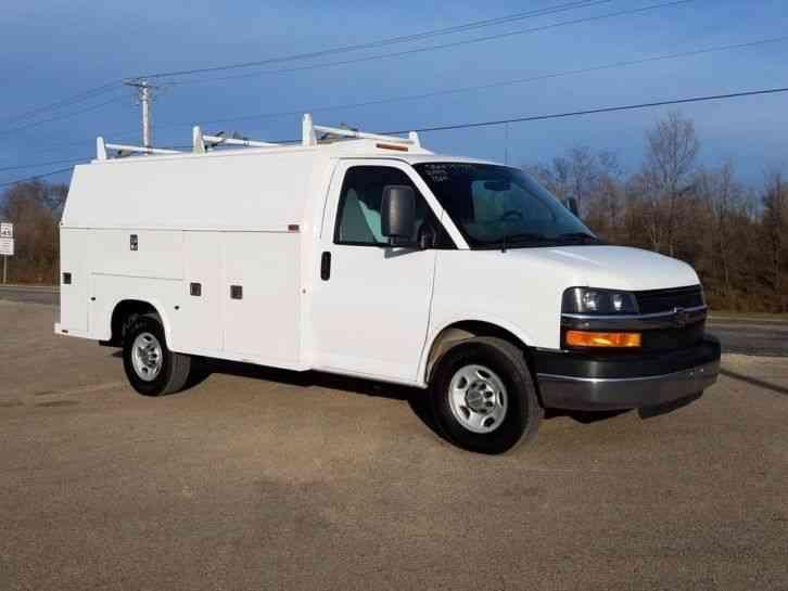 Chevrolet Express G3500  2013    Utility    Service Trucks