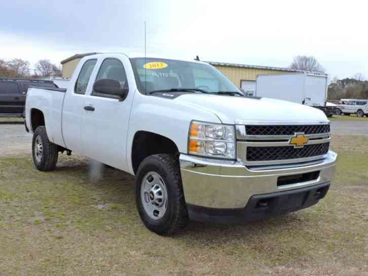 Chevrolet Silverado 2500HD Work Truck 4x4 4dr Extended Cab LB (2013)