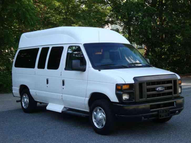 Ford E-150 (2013) : Van / Box Trucks