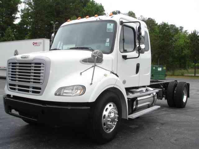 Freightliner M2 112 2013 Heavy Duty Trucks