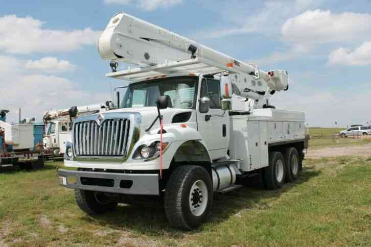 International 7400 WorkStar (2013)