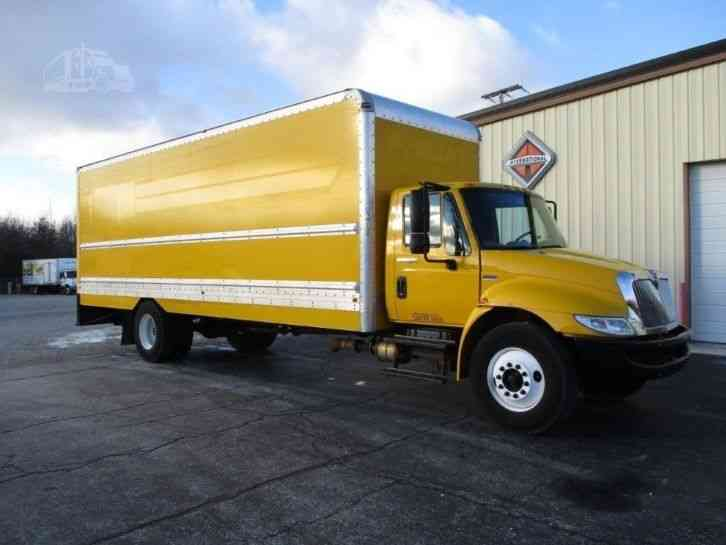international 4300 2013 van box trucks