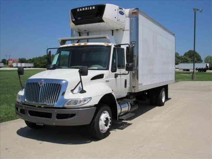 International 4300LP -- (2013)