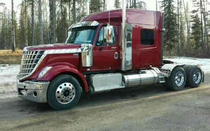 International Lonestar 2013 Sleeper Semi Trucks
