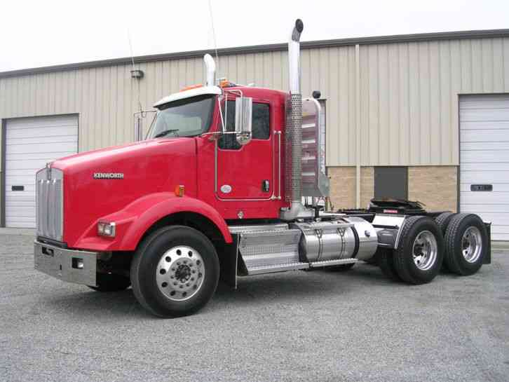 International 4700  1998    Daycab Semi Trucks