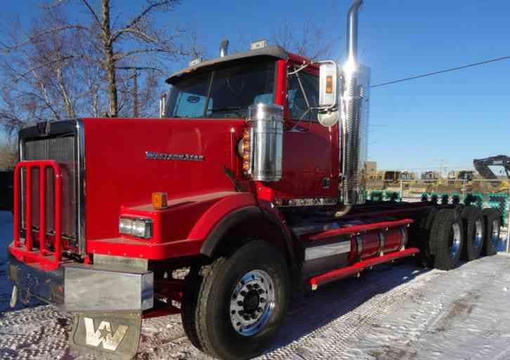 Western Star 4900 Tri Drive (2013) : Daycab Semi Trucks