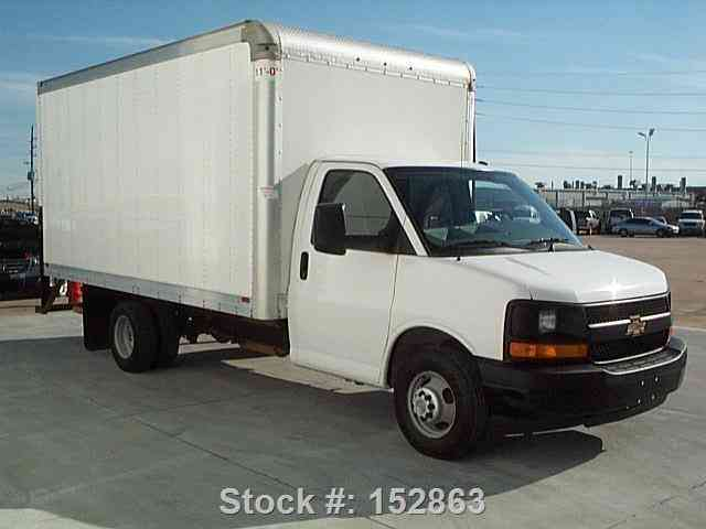Chevrolet Express 3500 BOX TRUCK 6. 0L LOAD RAMP (2014 ...