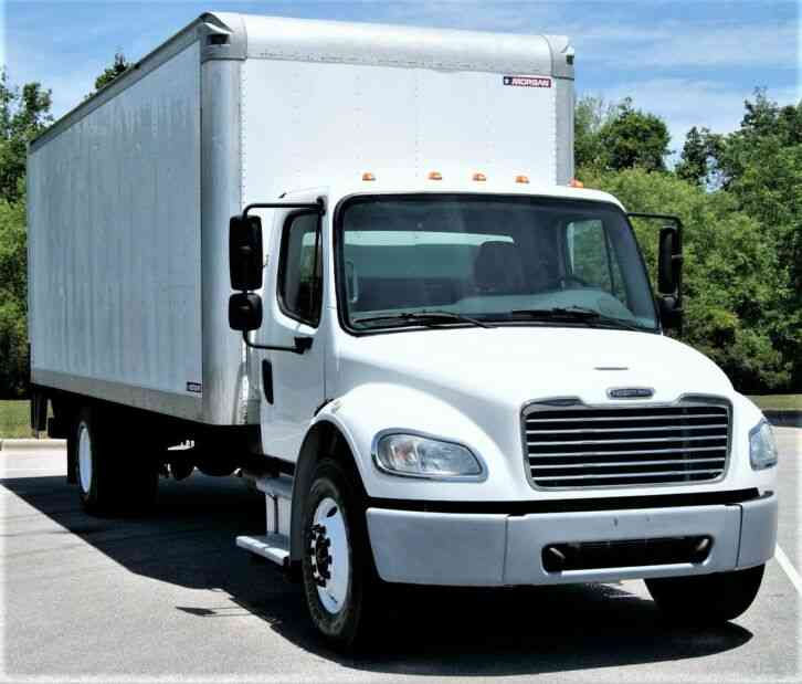 Freightliner M2 106 Business Class Box Truck EXTRA CLEAN (2014)