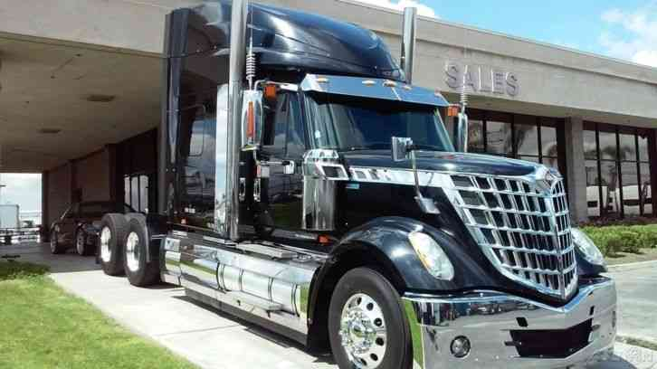 International Lonestar Sfa 6x4 2014 Sleeper Semi Trucks