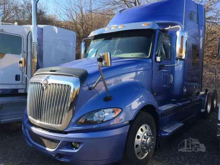 International Prostar Premium 2012 Sleeper Semi Trucks
