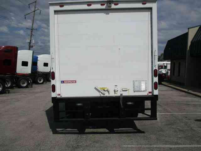 Isuzu Npr   Box Trucks