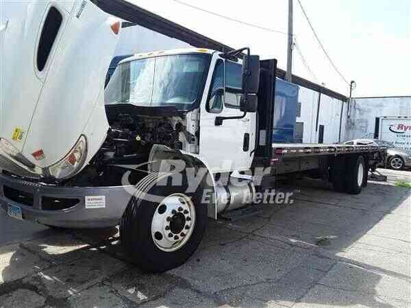 NAVISTAR INTERNATIONAL 4300 -- (2014)