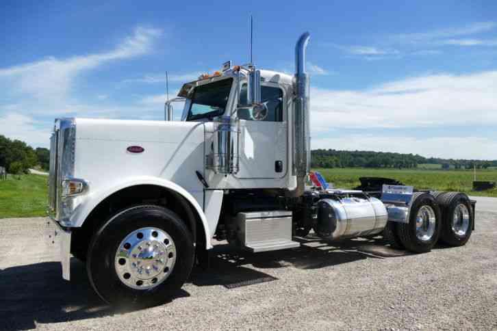 Low Mileage Diesel Trucks >> Peterbilt 388 (2014) : Daycab Semi Trucks