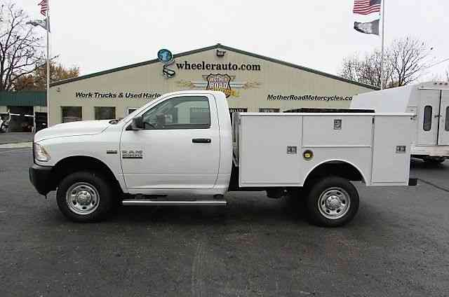 Ram R2500 Tradesman 4x4 New Utility bed (2014)