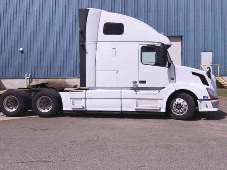 volvo 670  2014    sleeper semi trucks