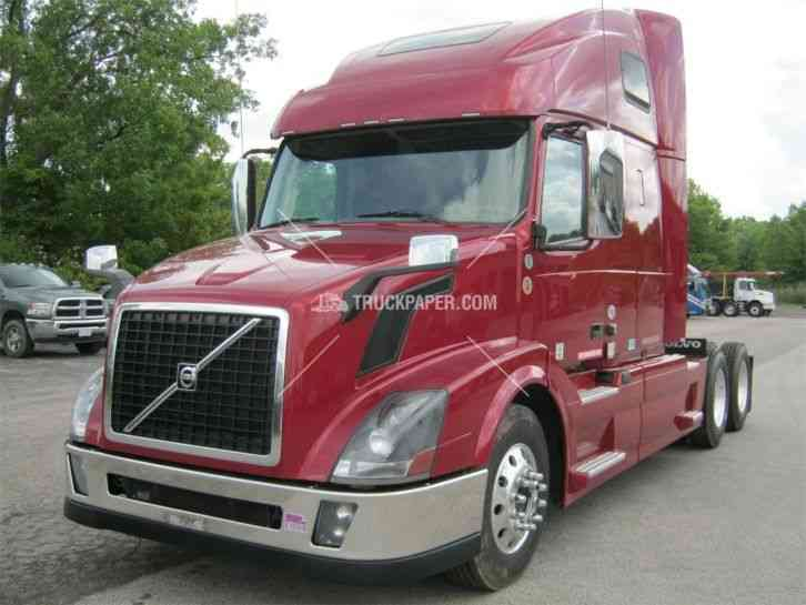 Ram Hd Cummins Test also International Double Bunk Flat Floor Cabover Toy Hauler Show Truck also Ford Wrecker Tow Truck Model Trucks A E C D D E Dd additionally International Double Bunk Flat Floor Cabover Toy Hauler Show Truck together with D E C E Fe E. on cab over tow truck