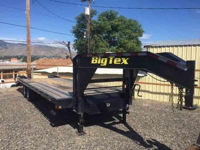 Big Tex 14gn 2015 Sleeper Semi Trucks