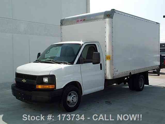 chevrolet express 3500 cutaway box van dually 2015 van. Black Bedroom Furniture Sets. Home Design Ideas