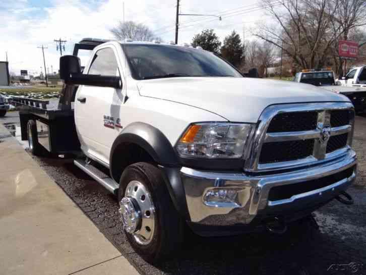 Dodge (2015) : Flatbeds & Rollbacks